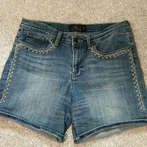 Lucky, 10, embroidered, med. wash denim shorts.